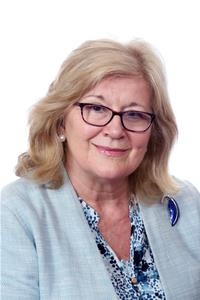 Profile image for Councillor Lynne Ayres